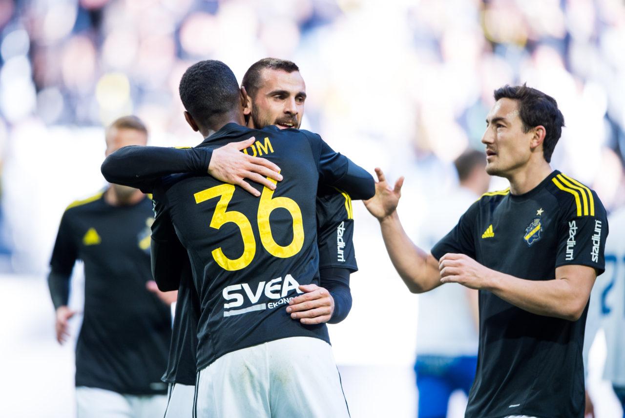 AIK:s Henok Goitom firar sitt 1–0-mål tillsammans med Sulejman Krpić under träningsmatch mellan AIK och IFK Norrköping FK på Friends Arena i Solna den 26 mars 2017 ( Foto: Jesper Zerman / Pic-Agency.com )   Nyckelord Keywords: Fotboll, Träningsmatch, AIK, IFK Norrköping