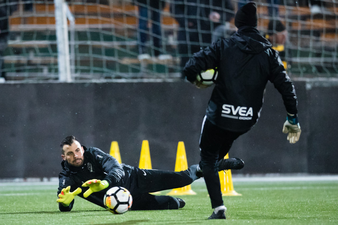 180110 AIK:s mŒlvakt Budimir Janosevic under en fotbollstrŠning med AIK den 10 Januari 2018 i Stockholm.  Foto: Andreas Sandstršm / BILDBYRN / Cop 104
