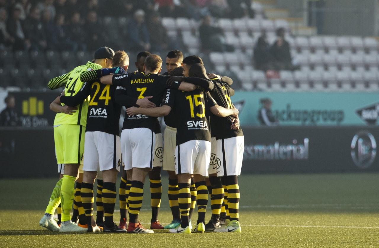 180418 AIK:s startelva infšr fotbollsmatchen i Allsvenskan mellan …rebro och AIK den 18 april 2018 i …rebro. Foto: Johan Bernstršm / BILDBYRN / COP 119